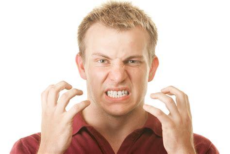 bruxismo mal di testa digrignamento dei denti tutti i segreti sul bruxismo