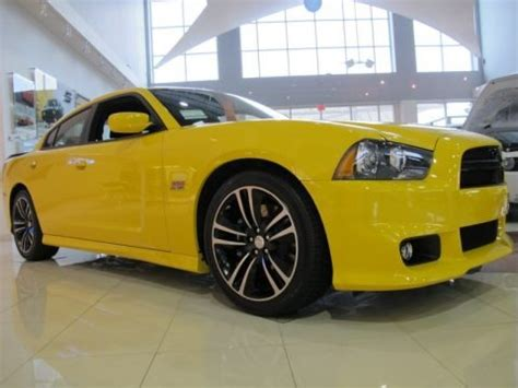 dodge charger srt8 bee specs 2012 dodge charger srt8 bee data info and specs