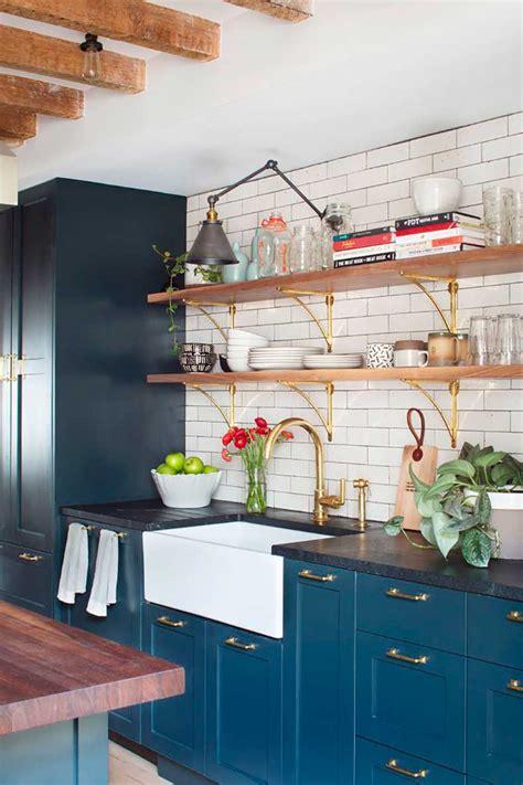 navy blue and gold kitchen marmol cut paste blog de moda