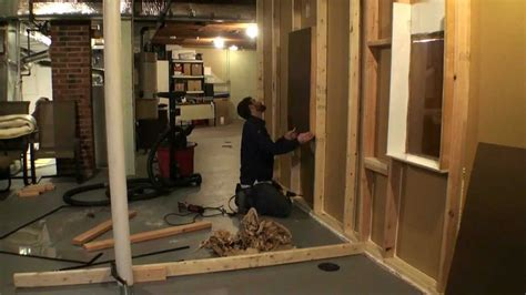 how to frame a room building a temporary room in 5 minutes time lapse