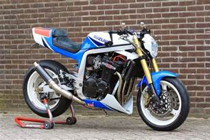 Suzuki 1100 Gsxr Suzuki Gsxr 1100 Twisted Synergy 99garage Cafe Racers