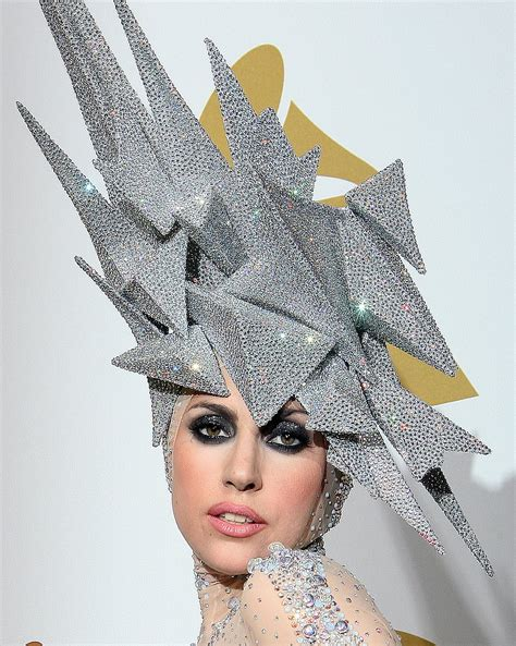 design clothes and hats 10 philip treacy hats lady gaga should wear 2010 05 18 10