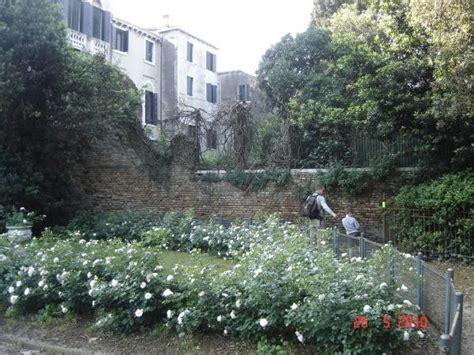 giardini di venezia giardini di papadopoli a venezia parco itinerari