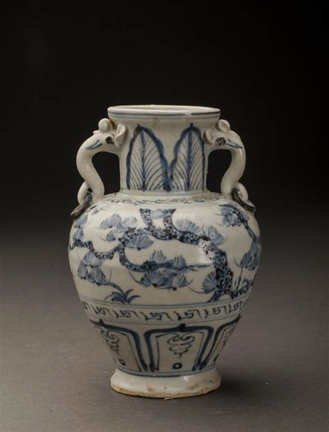 Blue And White Antique Vases by Antique Blue And White Porcelain Vase