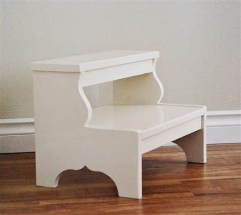 white step stool for bedroom 1000 images about free woodworking plans on pinterest