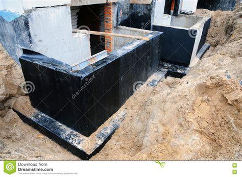 basement waterproofing spray waterproofing foundation bitumen foundation waterproofing d proofing coatings