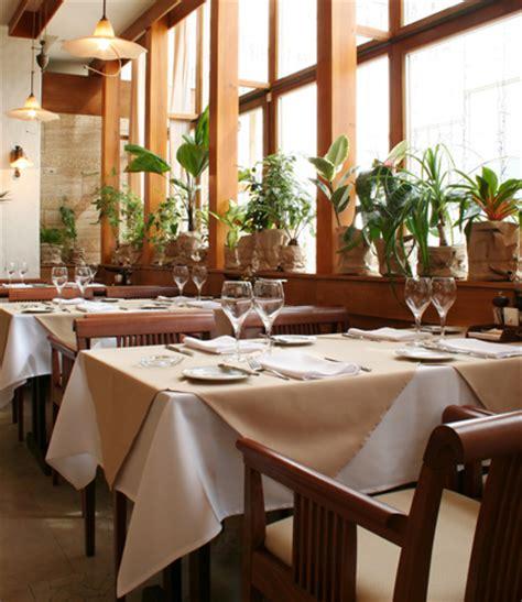 tovaglie da tavola per ristoranti noleggio tovaglie per bar e ristoranti a la spezia e provincia