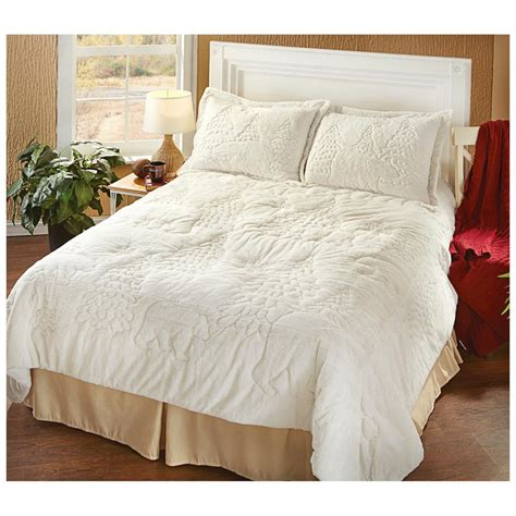 plush comforter castlecreek 174 forest bear ultra plush comforter set