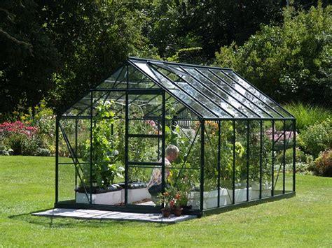 serra per giardino serre per giardini serre da balcone tipologie di serre