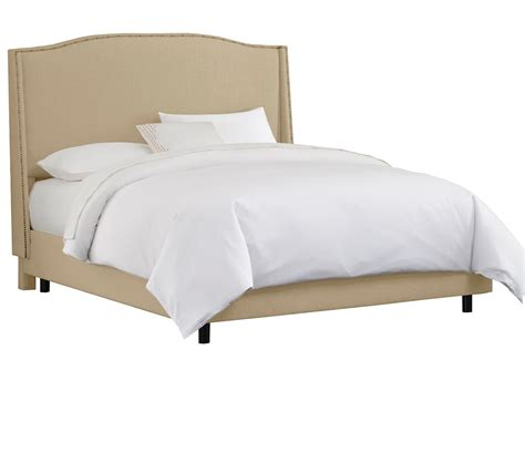 wingback beds dreamfurniture com wingback bed brass nail buttons
