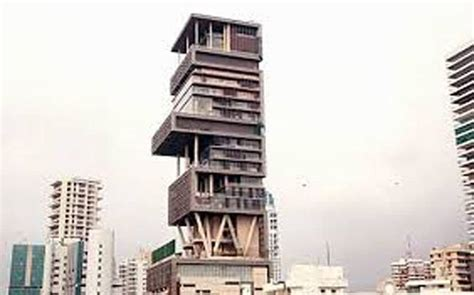 mukesh ambani s house antilia catches mumbai