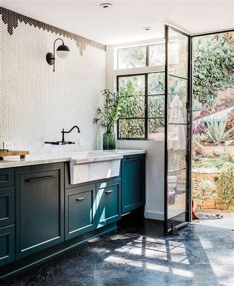 blue green kitchen cabinets best 25 color kitchen cabinets ideas only on pinterest