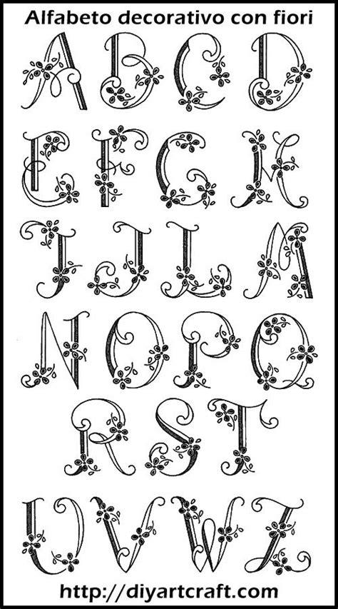 lettere alfabeto stile gotico lettere alfabeto degli amanuensi cerca con