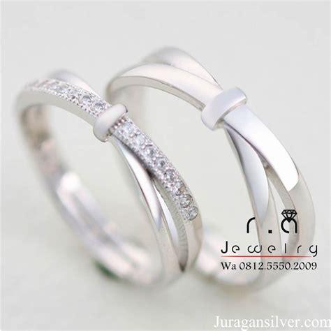 Cincin Pasangan Nikah Tunangan Kawin Dhenis jual cincin kawin cincin nikah cincin tunangan cincin pasangan 221 di lapak juragansilvercom