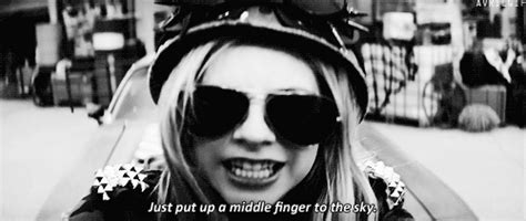 If I See Avril Finger The Paparazzi One More Time by Finger Avril Gif Find On Giphy