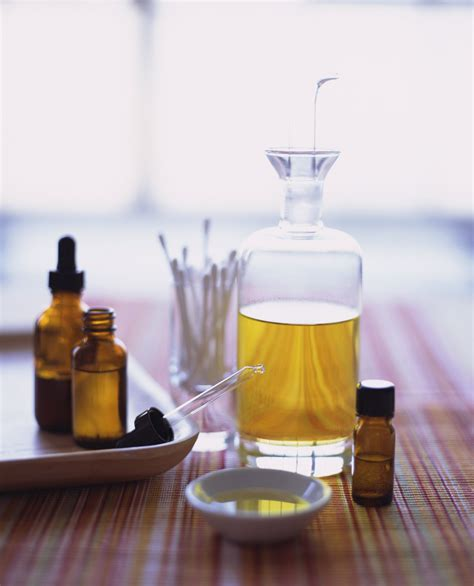 tea tree oil  vaginal itching  yeast infections