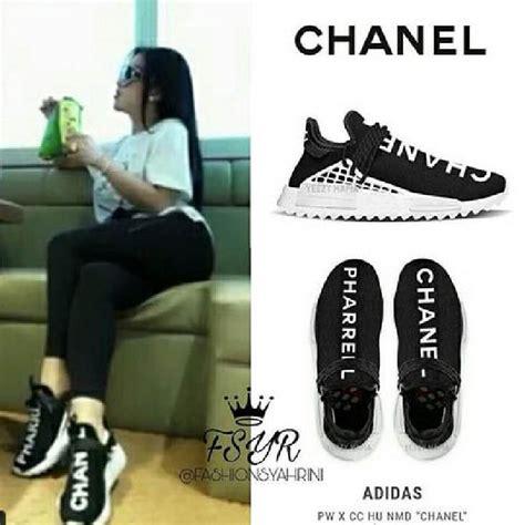 Harga Chanel Pharrell Adidas sepatu unik syahrini ada jendelanya sai harga rp 200