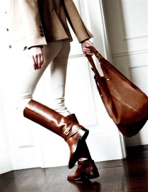 Valentino Charlote Princess Leather A6032 classic galore equestrian style casiraghi and flat leather boots