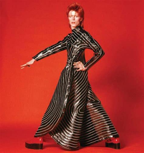 david bowie best tracing david bowie s fashion influence magazine