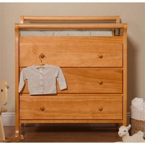 Honey Oak Changing Table Davinci Emily Pine Wood 3 Drawer Changing Table In Honey Oak M4755o