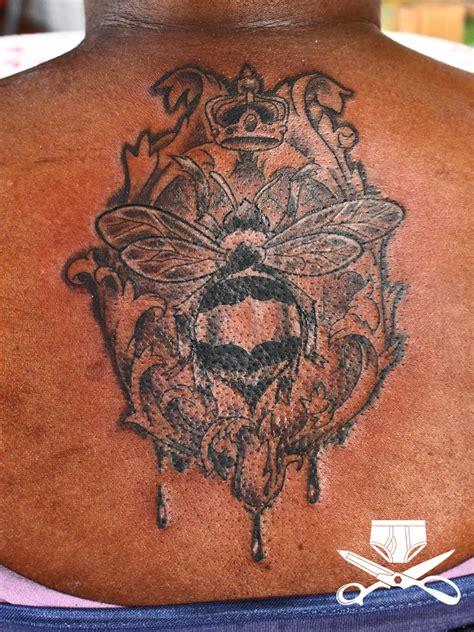 tattoo queen bee queen bee tattoo hautedraws