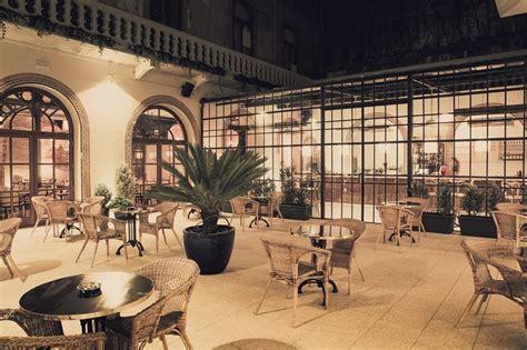 restaurants in porto flow restaurant bar mediterranean cuisine in the baixa