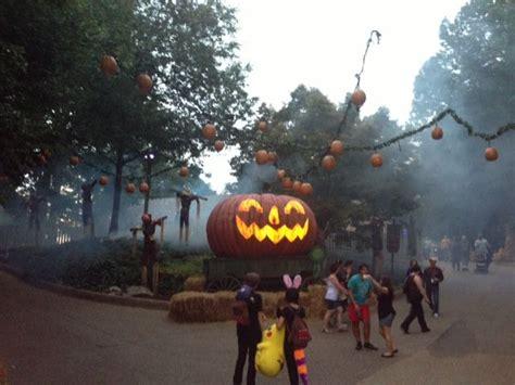 Busch Gardens Howl O Scream Williamsburg 1000 images about howl o scream on