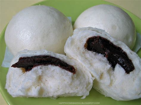 happy home baking with steamed buns