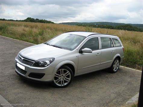 opel astra 2004 2004 opel astra h caravan pictures information and