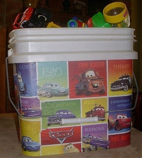 Cleaning Kitchen Cabinets With Vinegar by Reusing Cat Litter Buckets Thriftyfun