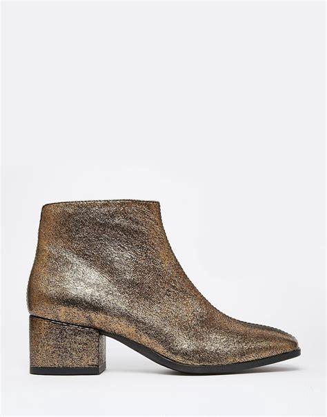 vagabond vagabond gold metallic leather ankle