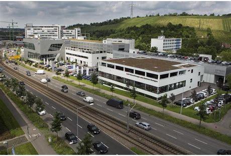 Stuttgart Audi Zentrum by Audi Zentrum Stuttgart In Stuttgart In Das 214 Rtliche