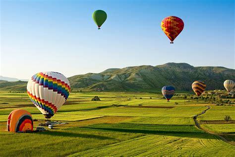 vehicles hot air balloon landscape field wallpaper