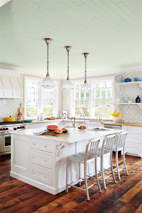 sarah richardson kitchen design sarah richardson s coastal cottage home bunch interior