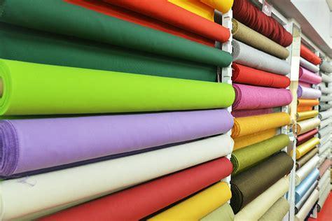tendaggi modena a modena panini tessuti realizza e vende tende e tendaggi