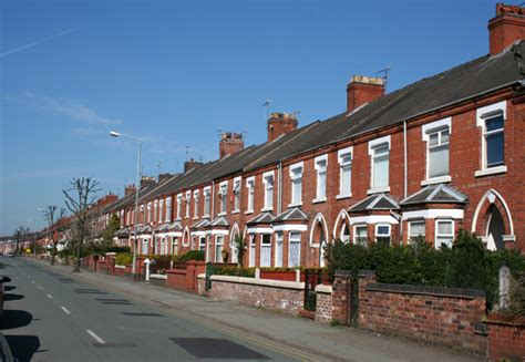 terraced house terraced houses ruskin road crewe 169 espresso addict geograph britain and ireland