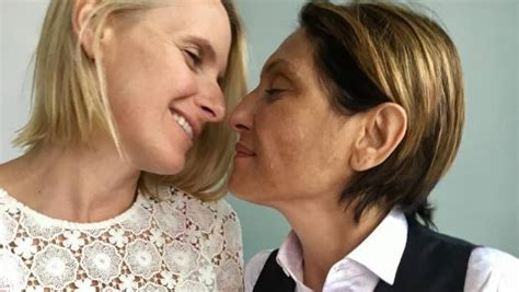 Elizabeth Gilbert Eat Pray eat pray author elizabeth gilbert weds terminally