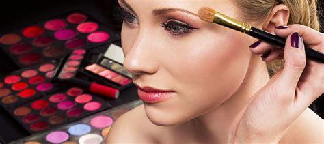 cara merias wajah bulat minimalis yang natural dan benar kumpulan tips rias wajah natural sanggar rias pengantin