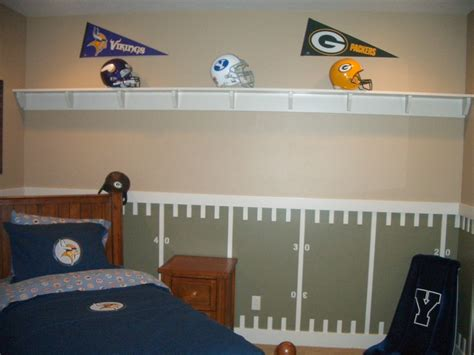 football bedrooms football rooms football and chalkboard paint recipes on