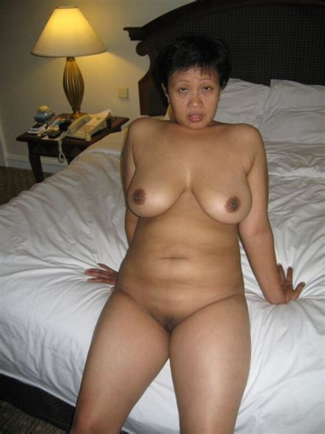 Nude mature indonesian Maid Free porn