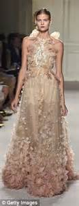 Glamour the marchesa spring summer 2016 collection featured frothy