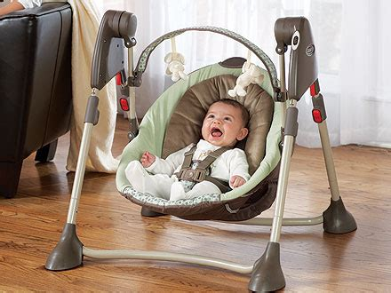 graco swing by me review graco swing by me moms babies celebrity