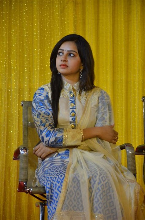 serial actress divya rk suresh picture 1252655 sumangali serial actress divya press