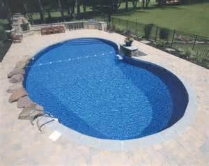 kidney pool inground classic hollywood style