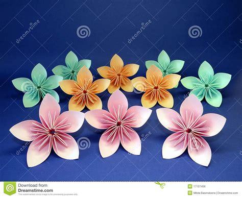 Flores De Origami - flores de origami imagem de stock royalty free imagem