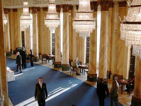 Foyer Wiki File Stuttgart Staatsoper Foyer Jpg Wikimedia Commons