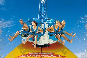 themes in australia film gold coast theme park pass movie world sea world wet n
