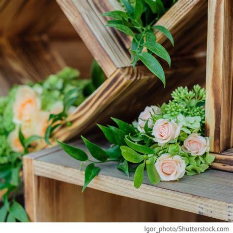 Holz Deko Hochzeit by Holz Deko Hochzeit Mit Blumen Hochzeitsideen F 252 R