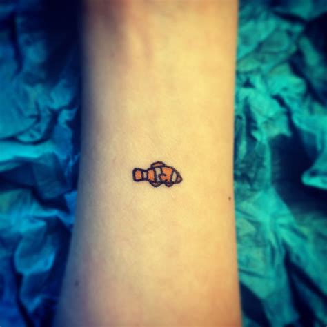 small clown tattoos small clown fish best design ideas