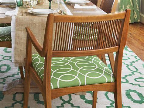 a thanksgiving dining room makeover hgtv a thanksgiving dining room makeover hgtv